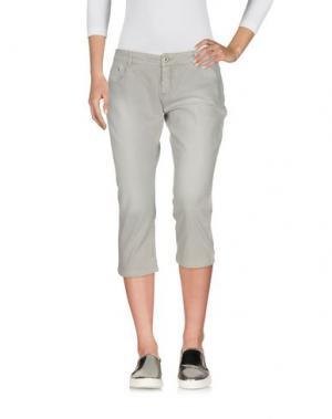 Джинсовые брюки-капри E-GÓ. Цвет: серый