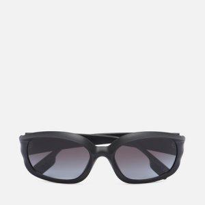 Солнцезащитные очки Milton Burberry. Цвет: чёрный