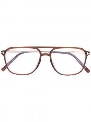 Очки-авиаторы Tom Ford Eyewear. Цвет: коричневый