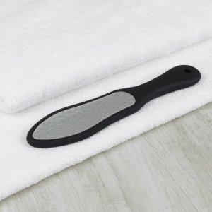 Тёрка для ног, лазерная, двусторонняя, прорезиненная ручка, 26 см, цвет чёрный Queen fair