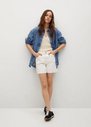 Джинсовые шорты straight - Zaida Mango. Цвет: белый