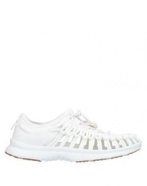 Низкие кеды и кроссовки KEEN. Цвет: белый