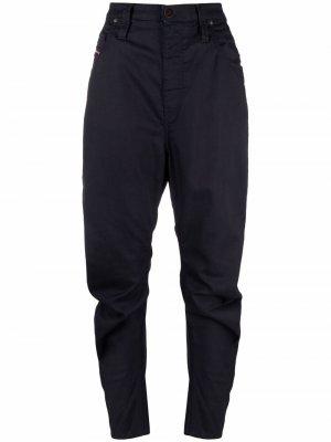 Зауженные джинсы D-PLata Diesel. Цвет: синий