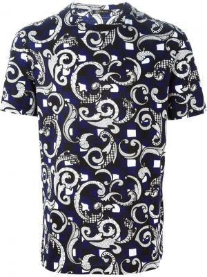 Футболки и жилеты Versace. Цвет: синий