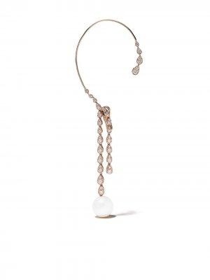 Серьга-кафф Novus из розового золота с жемчугом и бриллиантами Yoko London. Цвет: 9