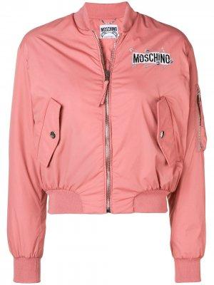 Куртка-бомбер на молнии с логотипом Moschino. Цвет: розовый
