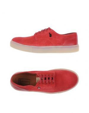 Низкие кеды и кроссовки B-STORE. Цвет: красный