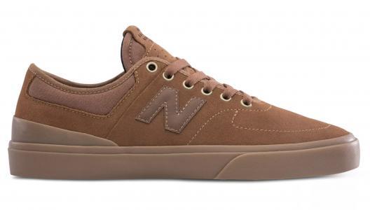 Кроссовки NM379BWT New Balance. Цвет: коричневый