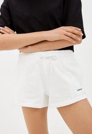 Шорты спортивные Calvin Klein Jeans. Цвет: белый