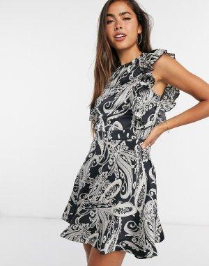 Короткое приталенное платье с принтом пейсли -Мульти Girl In Mind