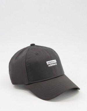 Черная бейсболка RYV-Черный цвет adidas Originals