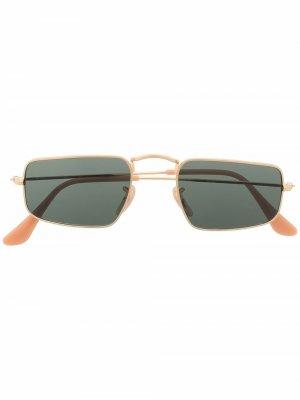 Солнцезащитные очки Julie Ray-Ban. Цвет: черный