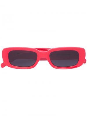 Солнцезащитные очки в прямоугольной оправе Off-White. Цвет: красный