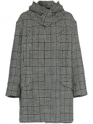 Пальто в ломаную клетку с капюшоном Raf Simons. Цвет: черный