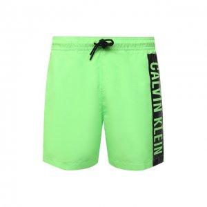 Плавки-шорты Calvin Klein. Цвет: зелёный