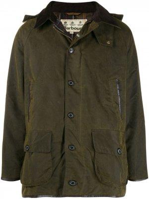 Куртка в стиле милитари с капюшоном Barbour. Цвет: зеленый