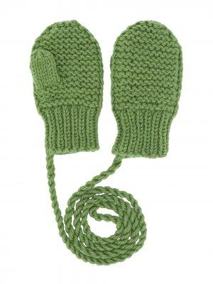 Варежки фактурной вязки Eshvi Kids. Цвет: зеленый