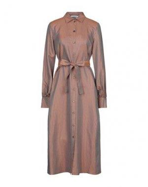 Платье длиной 3/4 GESTUZ. Цвет: ржаво-коричневый