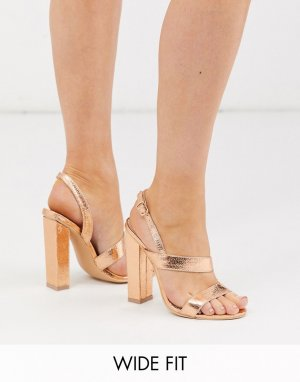 Розово-золотистые асимметричные босоножки на блочном каблуке -Золотистый Glamorous Wide Fit