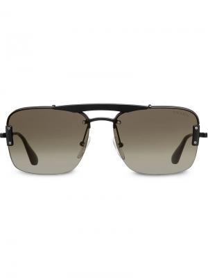 Солнцезащитные очки в квадратной оправе с верхней планкой Prada Eyewear. Цвет: черный