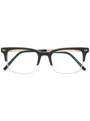 Очки в квадратной оправе Matsuda. Цвет: чёрный