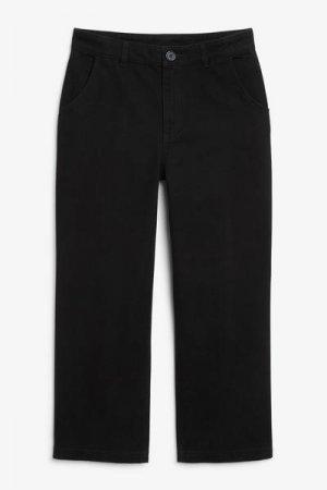 Прямые брюки из твила Monki. Цвет: черный