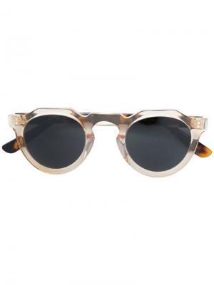 Солнцезащитные очки в круглой оправе Lesca. Цвет: телесный
