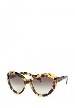 Очки солнцезащитные Prada 0PR 08RS 7S00A7. Цвет: коричневый