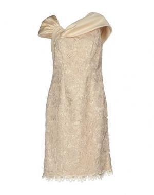 Платье до колена LEXUS. Цвет: бежевый