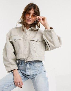 Короткая джинсовая куртка в стиле oversized светло-бежевого цвета -Белый ASOS DESIGN