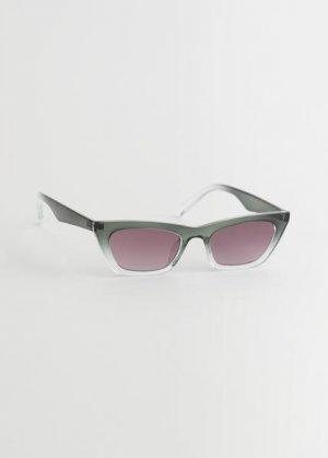 Солнцезащитные очки кошачий глаз в градиентной оправе &Other Stories. Цвет: зеленый