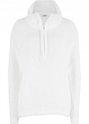 Пуловер из пушистой пряжи bonprix. Цвет: белый