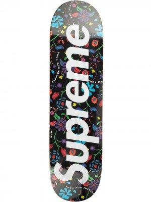Доска для скейтборда Air Brushed Floral Supreme. Цвет: черный