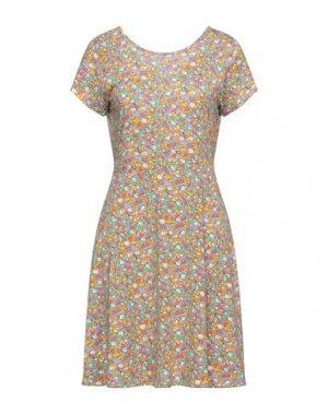 Короткое платье COMPAÑIA FANTASTICA. Цвет: светло-зеленый