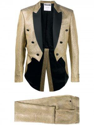 Вечерний костюм с эффектом металлик Moschino. Цвет: золотистый