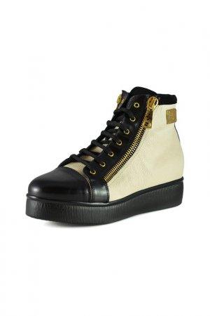 Ботинки Guido Sgariglia. Цвет: черный