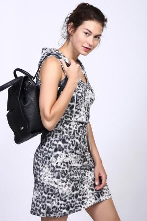 Короткое платье Pezzo. Цвет: серый