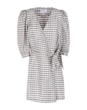Короткое платье DESIGNERS, REMIX. Цвет: светло-серый