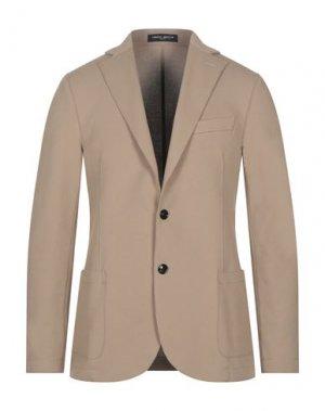 Пиджак FRANKIE MORELLO. Цвет: песочный