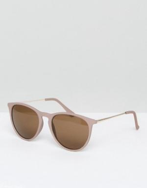 Круглые солнцезащитные очки в оправе телесного цвета New Look. Цвет: коричневый