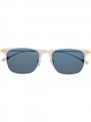 Солнцезащитные очки с затемненными линзами Fred. Цвет: серебристый