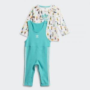Комплект: футболка и комбинезон Originals adidas. Цвет: разноцветный