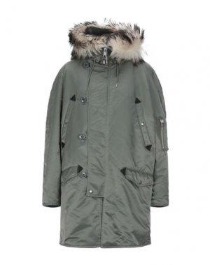 Легкое пальто CELINE. Цвет: зеленый-милитари