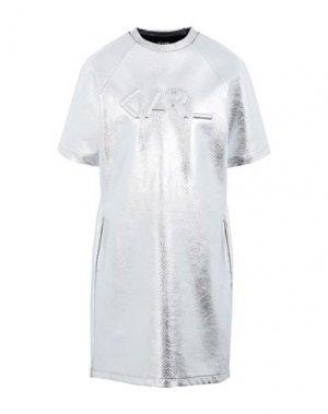 Короткое платье KARL LAGERFELD. Цвет: серебристый