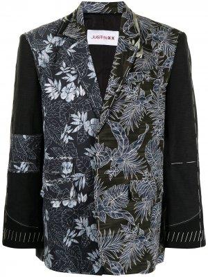 Пиджак с цветочным принтом JUST IN XX. Цвет: черный