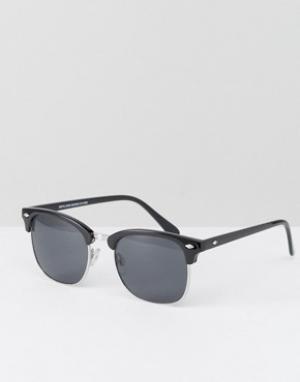 Солнцезащитные очки в стиле ретро черной оправе New Look. Цвет: черный
