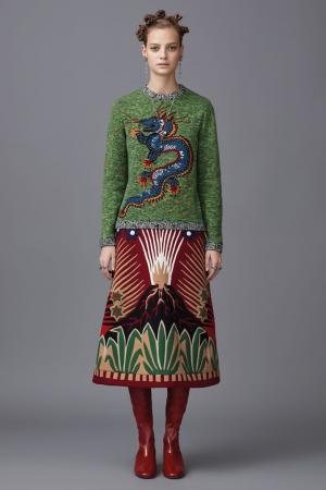 Шерстяной джемпер с вышивкой Valentino. Цвет: зеленый