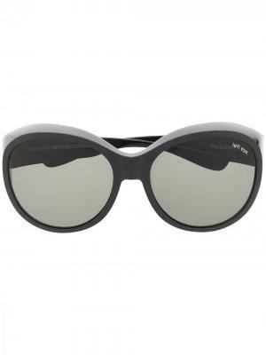 Солнцезащитные очки в массивной оправе Takahiromiyashita The Soloist. Цвет: черный