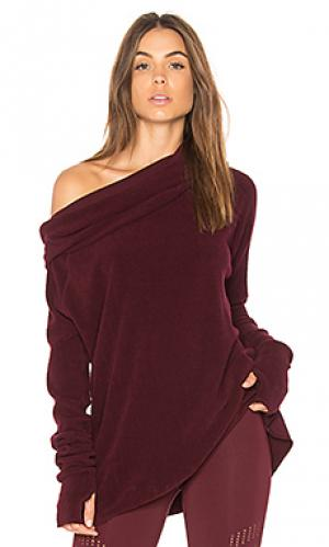 Пуловер с открытыми плечами warmth Vimmia. Цвет: фиолетовый