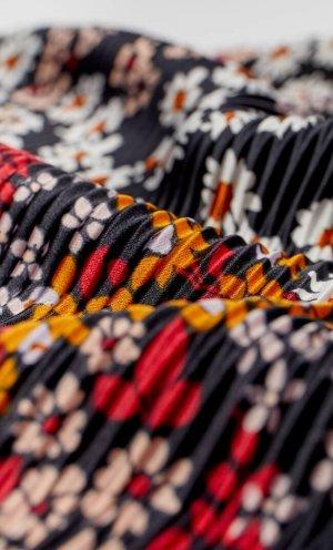 Бандана С Плиссировкой И Цветочным Принтом Женская Коллекция Черный 103 Stradivarius. Цвет: черный